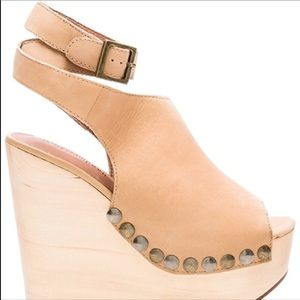Wood heel strapy wedges